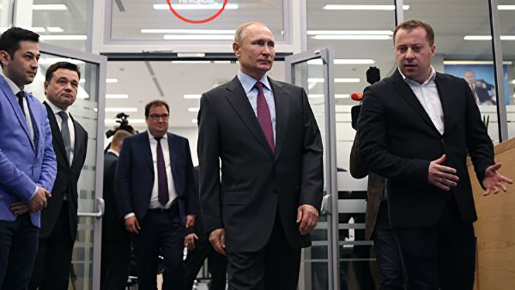 Президент РФ - В. Путин оценил цифровую образовательную платформу от Дневник.ру